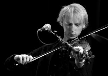 Bilde 2. konsert Hans Kjorstad fotografert av Knut Utler